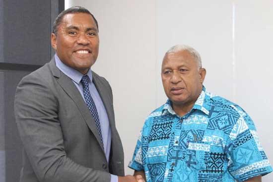 Petero Civoniceva updating Fijian Prime Minister Voreqe Bainimarama